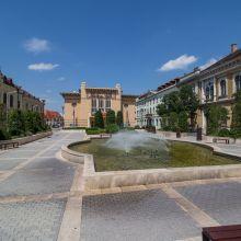 Sopron, Petőfi tér a Színházzal